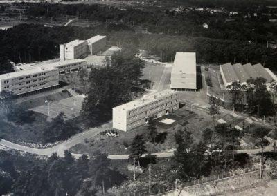 Vue aérienne en 1966 (© : Thierry Goyet – Lycées de Brocéliande)